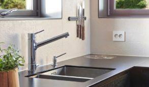 Kjøkkenvegger med relieffliser fra Mutina Dechirer