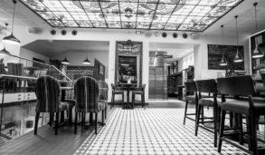 Klassisk mønster på gulvfliser