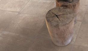 Betong og cott inspirerte gulvfliser med trestubbe