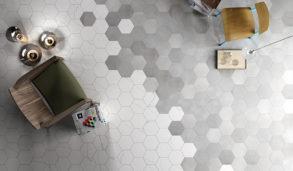 Liten hexagonflis med inspirert av marmor