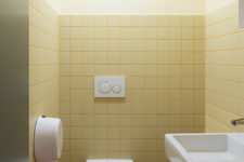 Porsche Oslo gult toalett
